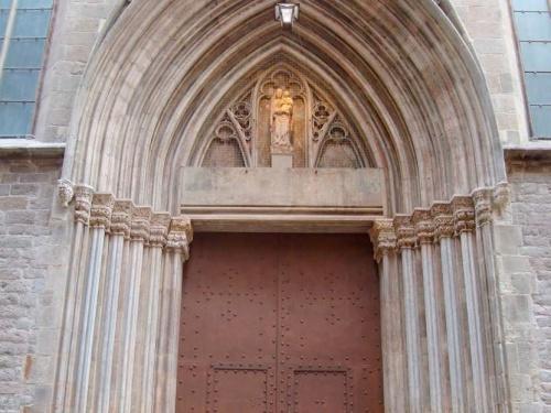 Los coordinadores del máster en Rehabilitación y del máster en Ingeniería Estructural participan en la restauración de la Basílica Santa María del Mar